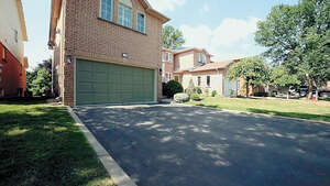 Featured Property in Brampton, ON L6X 1E2