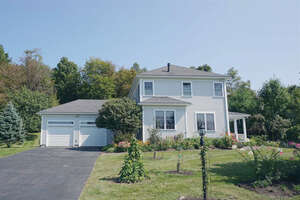 Featured Property in Shelburne, VT 05482