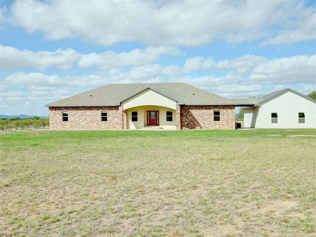 Single Family for Sale at 914 Oxbow Trail Marble Falls, Texas 78654 United States