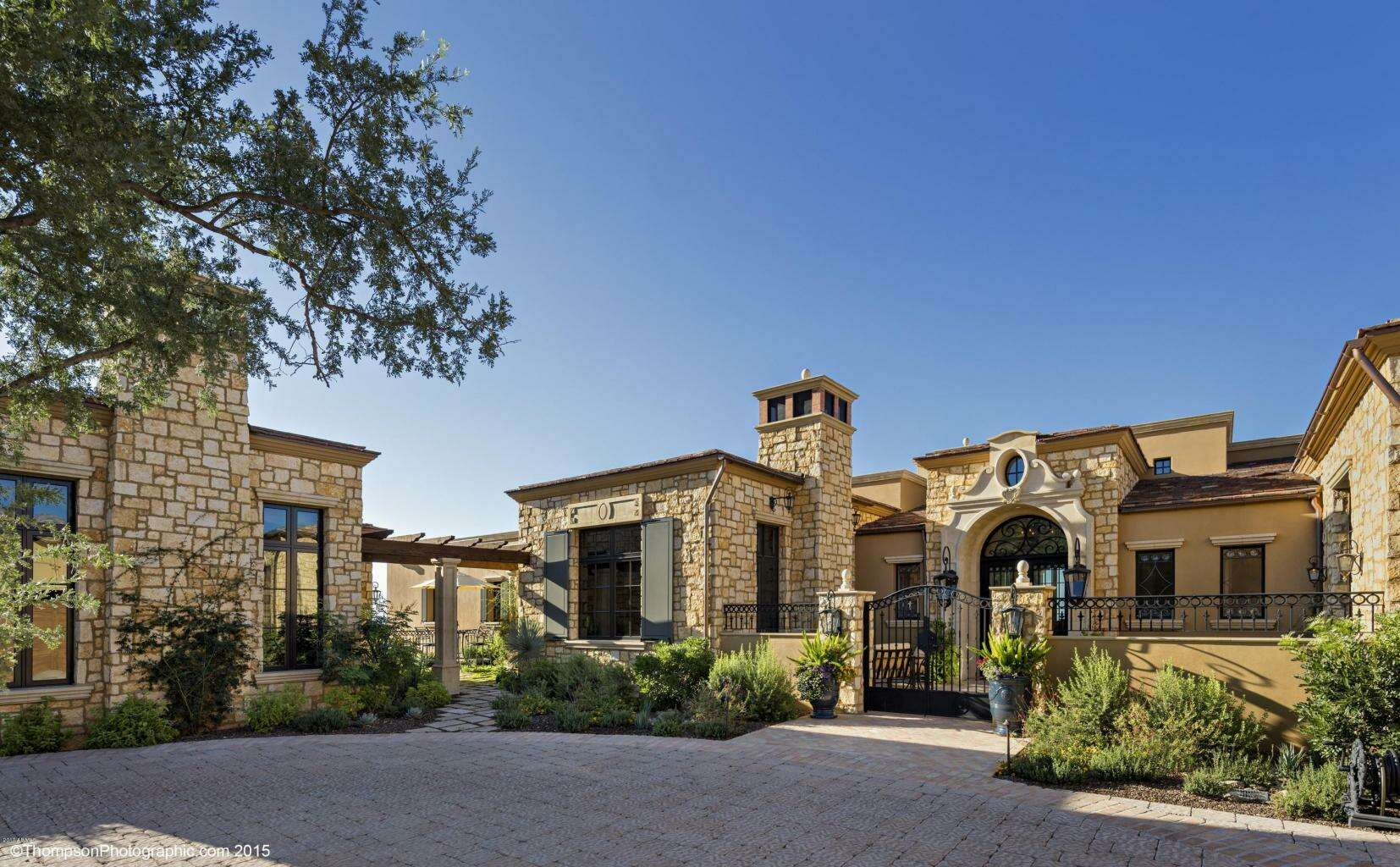 Single Family for Sale at 42243 N 112th Pl. Scottsdale, Arizona 85262 United States