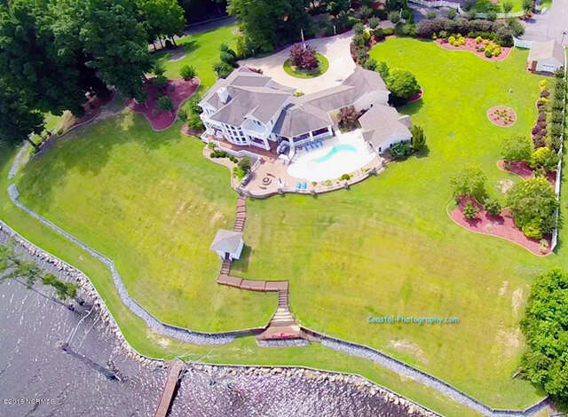 Single Family for Sale at 4381 Maules Point Road Blounts Creek, North Carolina 27814 United States