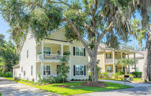 Featured Property in BEAUFORT, SC, 29902