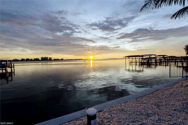 Investment for Sale at 831 San Carlos Dr Fort Myers Beach, Florida 33931 United States