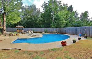 Featured Property in Chickasha, OK 73018