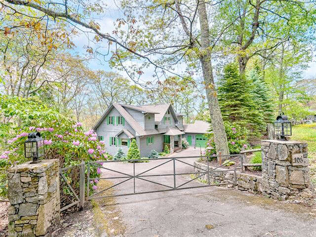 Single Family for Sale at 105 Saddle Ridge Drive Maggie Valley, North Carolina 28751 United States