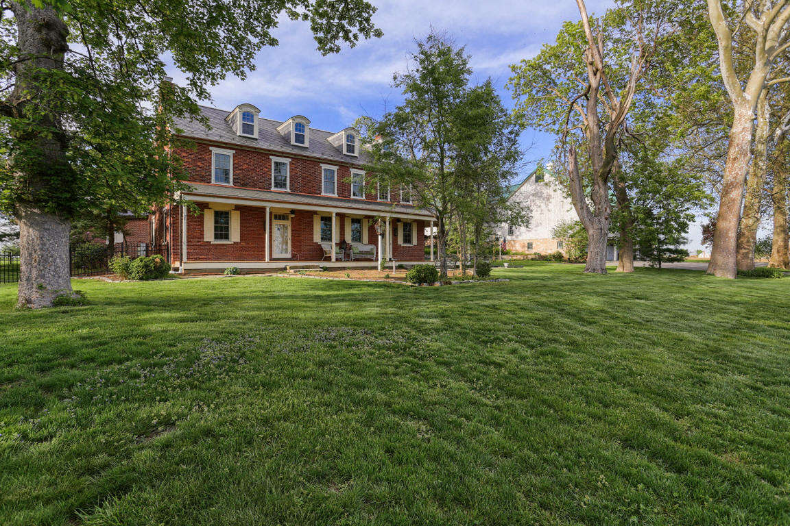 Single Family for Sale at 2380 Donegal Springs Road Marietta, Pennsylvania 17547 United States