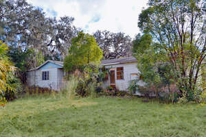 Featured Property in Pierson, FL 32180