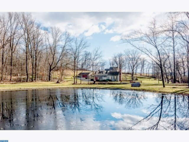 Multi Family for Sale at 380 Hammertown Rd Narvon, Pennsylvania 17555 United States