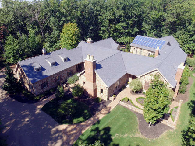Single Family for Sale at 2008 Colonial Road Harrisburg, Pennsylvania 17112 United States