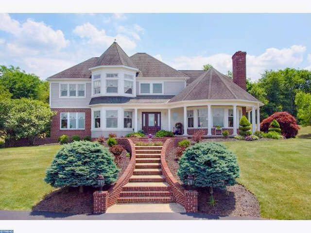 Single Family for Sale at 18 Heidelberg Farms Lane Bernville, Pennsylvania 19506 United States