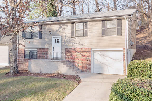 Single Family for Sale at 615 Snow St Chattanooga, Tennessee 37405 United States