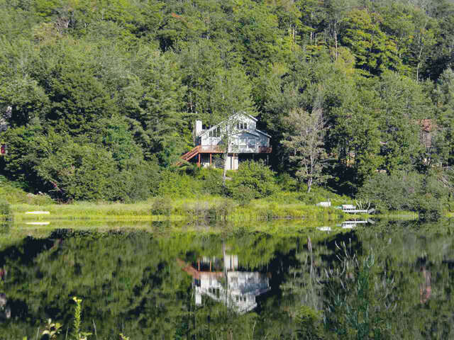 Single Family for Sale at 97 Spruce Lake Estates Wilmington, Vermont 05363 United States