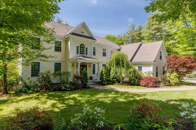 Single Family for Sale at 1 Squier Drive North Hampton, New Hampshire 03862 United States