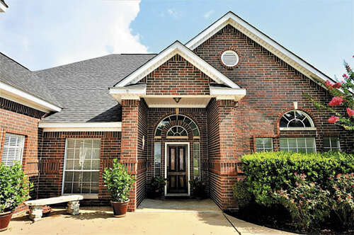 Single Family for Sale at 2617 Sand Shore Drive Conroe, Texas 77304 United States