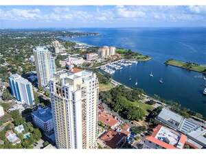 Featured Property in St Petersburg, FL 33701