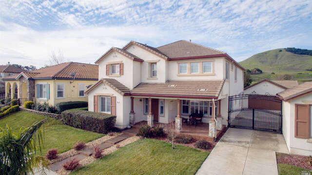 Single Family for Sale at 856 Antiquity Drive Fairfield, California 94534 United States