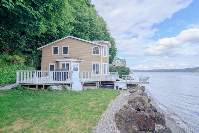 Single Family for Sale at 9423 Sunrise Beach Dr NW Gig Harbor, Washington 98332 United States