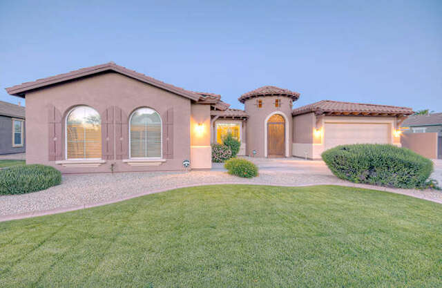 Single Family for Sale at 4465 S Virginia Way Chandler, Arizona 85249 United States