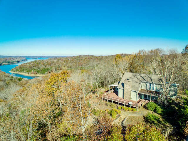 Single Family for Sale at 954 Jt Daniels Road Allons, Tennessee 38541 United States