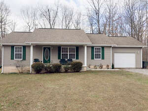 Featured Property in Grimsley, TN 38565