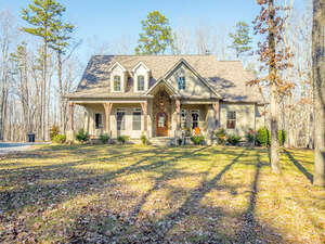Featured Property in Signal Mtn, TN 37377
