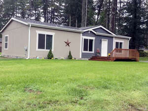 Featured Property in Lakebay, WA 98349