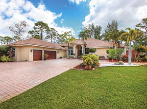 Featured Property in Parkland, FL 33067