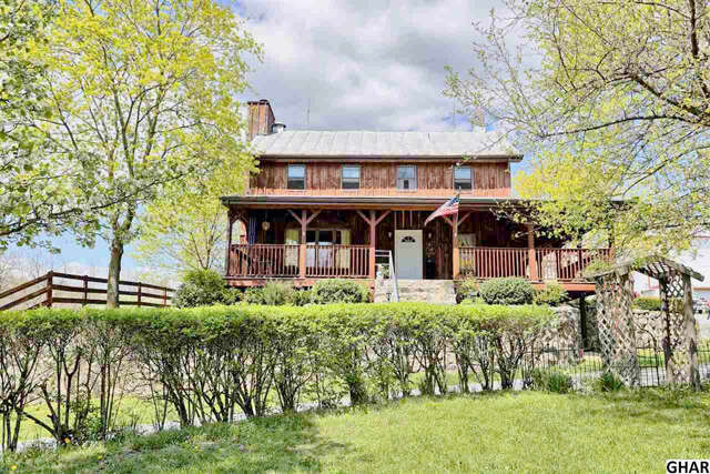 Single Family for Sale at 6 Buck Dr. Carlisle, Pennsylvania 17015 United States