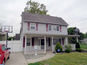 Featured Property in Florence, NJ 08518