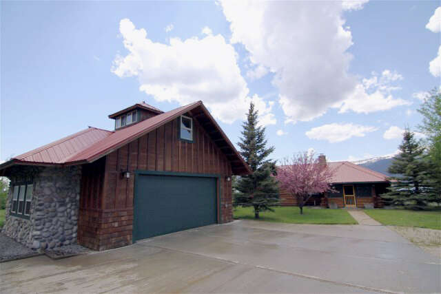 Single Family for Sale at 14234 Hebgen Lake Road West Yellowstone, Montana 59758 United States