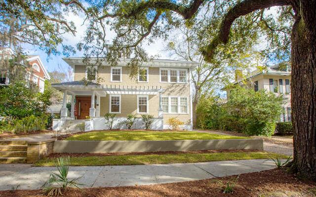 Single Family for Sale at 110 E 46th Street Savannah, Georgia 31405 United States