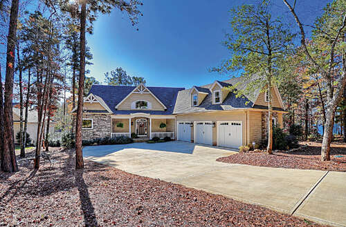 Single Family for Sale at 194 Timber Lake Court Mount Gilead, North Carolina 27306 United States