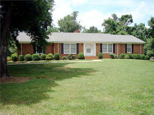 Featured Property in Randleman, NC 27317