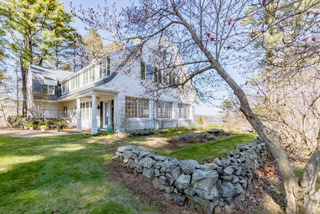 Single Family for Sale at 9 Harbor Lights Way York, Maine 03909 United States