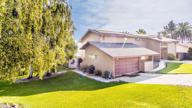 Single Family for Sale at 561 Donald Drive Hollister, California 95023 United States