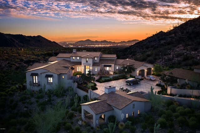 Real Estate for Sale, ListingId:62613585, location: 10803 E CANYON CROSS Way Scottsdale 85255