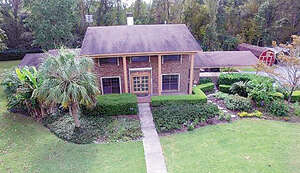 Featured Property in Alachua, FL 32615