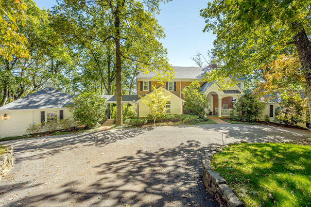 Single Family for Sale at 237 Gnome Tr Lookout Mountain, Georgia 30750 United States