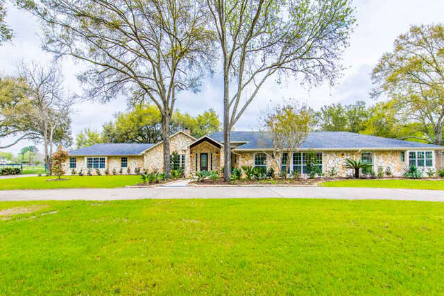 Single Family for Sale at 26606 Willow Ln Katy, Texas 77494 United States