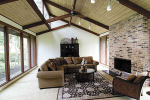 Featured Property in Conroe, TX 77302