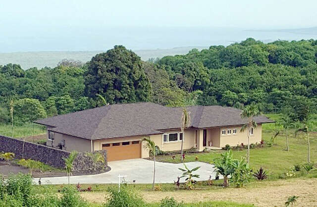 Single Family for Sale at 85-5122 Kiilae Rd Captain Cook, Hawaii 96704 United States