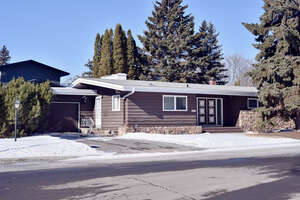 Featured Property in Regina, SK S4S 3E3