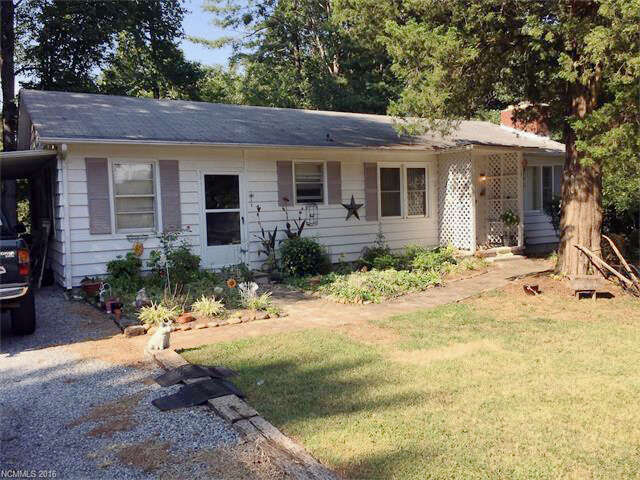 Featured Property in COLUMBUS, NC, 28722