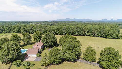 Single Family for Sale at 820 Phillips Road Columbus, North Carolina 28722 United States