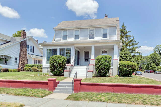 Single Family for Sale at 300 Woodland Avenue Avon By The Sea, New Jersey 07717 United States