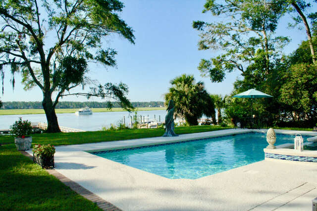 Single Family for Sale at 60 Brams Point Road Hilton Head Island, South Carolina 29926 United States