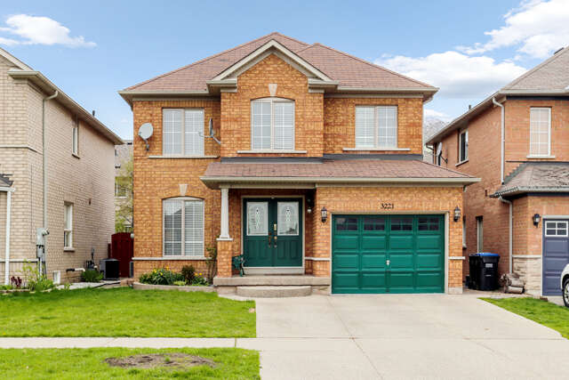 Real Estate for Sale, ListingId:44913871, location: 3221 McDowell Dr Mississauga L5M 6S4