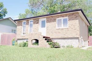 Featured Property in Moose Jaw, SK S6H 0G2