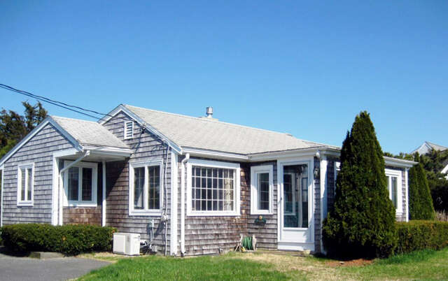 Single Family for Sale at 73 Wianno Road Bourne, Massachusetts 02532 United States