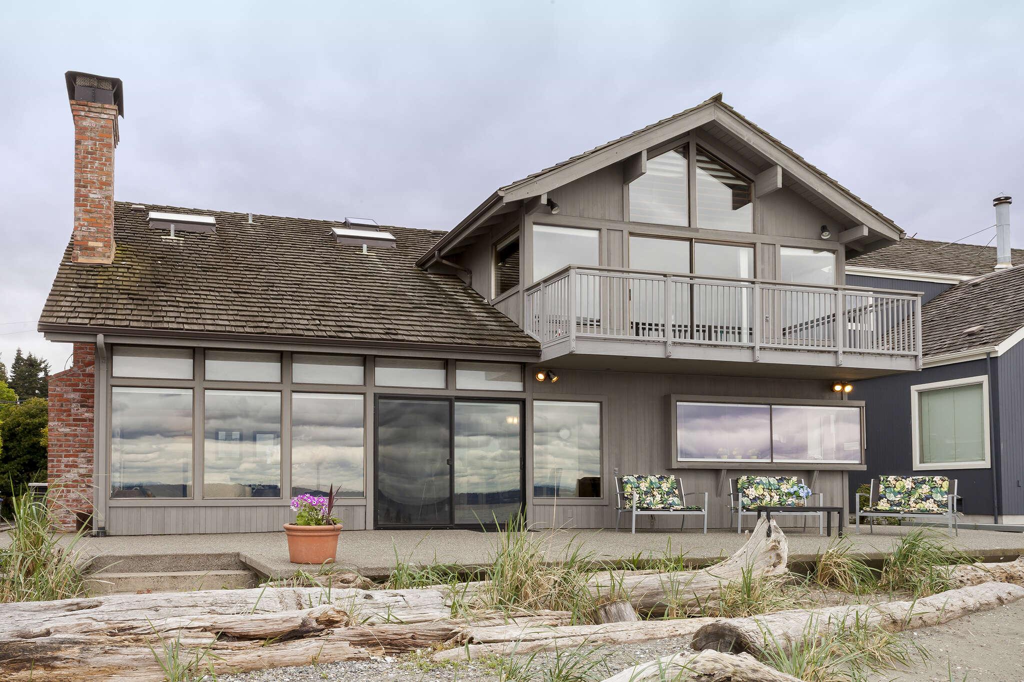 Single Family for Sale at 15630 Point Monroe Dr NE Bainbridge Island, Washington 98110 United States